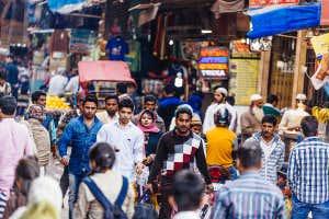 concurrida calle Old Delhi,