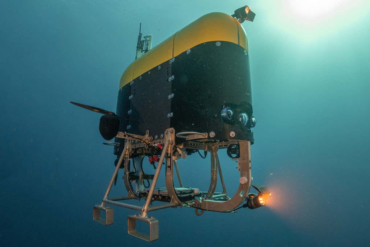 "Mesobot ""width ="" 1200 ""height ="" 800 ""data-credit ="" Evan Kovacs / Marine Imaging Technologies ""data-caption ="" Mesobot puede acercarse sigilosamente a la vida marina ""/>   <figcaption></noscript> <p class="